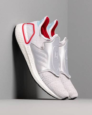 x DOE UltraBOOST 19 Core White/ Core White/ Power Red